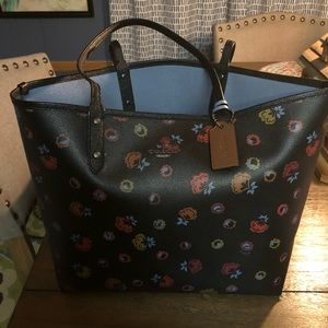 🌺 Coach floral tote 🌺